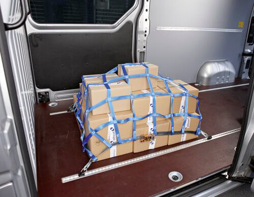 Montage von Ladungssicherungsnetzen - lasiprofi