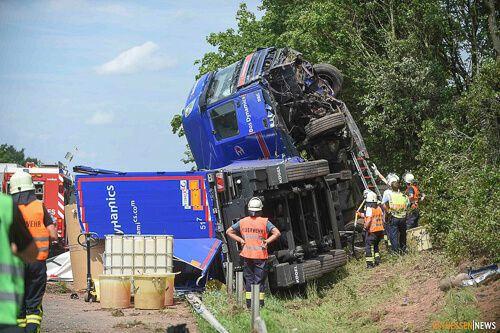 Welche Gefahren entstehen durch fehlende Ladungssicherungsnetze beim Transport?