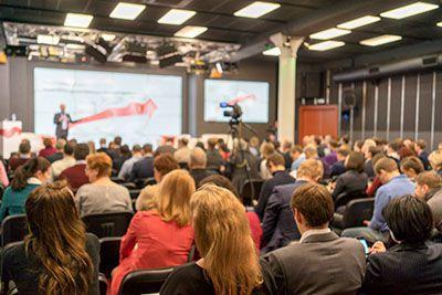 """Symposium """"Ladungssicherung zwischen Innovation und Praxis"""""""